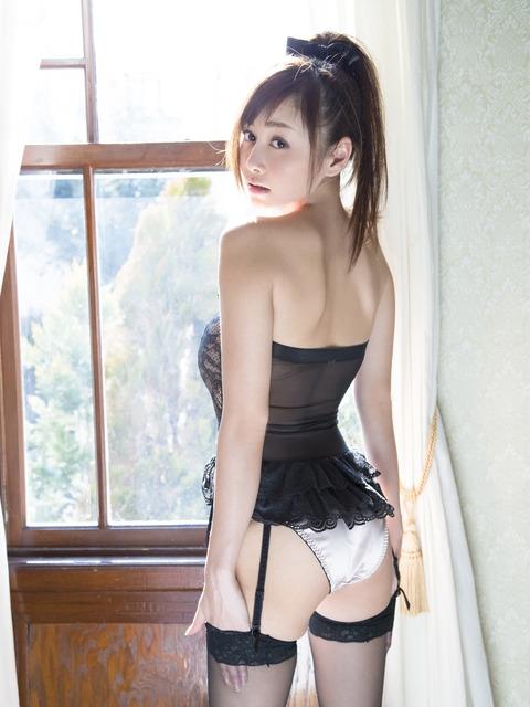 「胶带,口罩,比基尼」哪项能包住「写真女优」杉原杏璃好身材?
