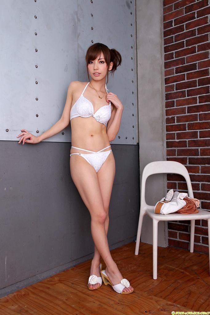 日本正妹 横山美雪为写真集拚了
