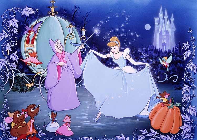通常故事中的公主都会有一堆小动物~